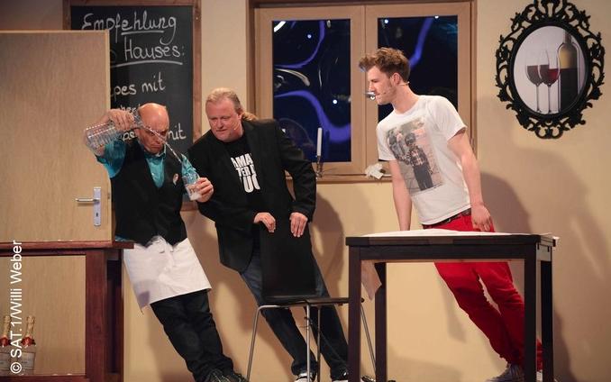 """Die """"Rutschpartie"""" verlangt den Comedians am meisten ab."""